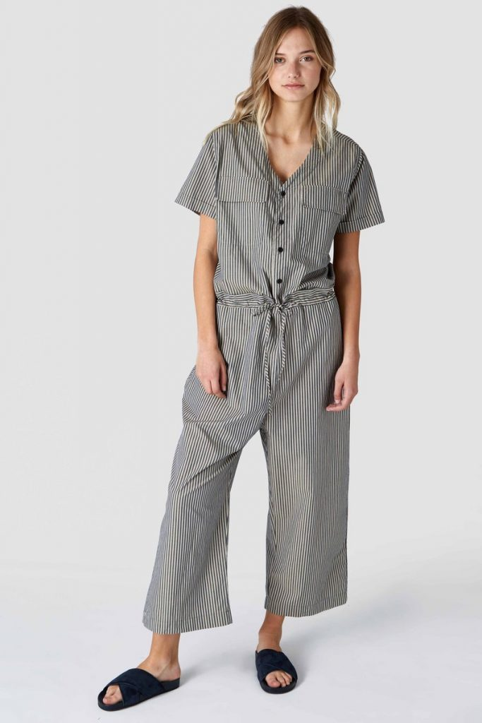 12 Voguish Sustainable Jumpsuit Brands You Will Love 10