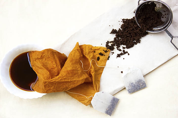coloring clothes with natural dye of tea
